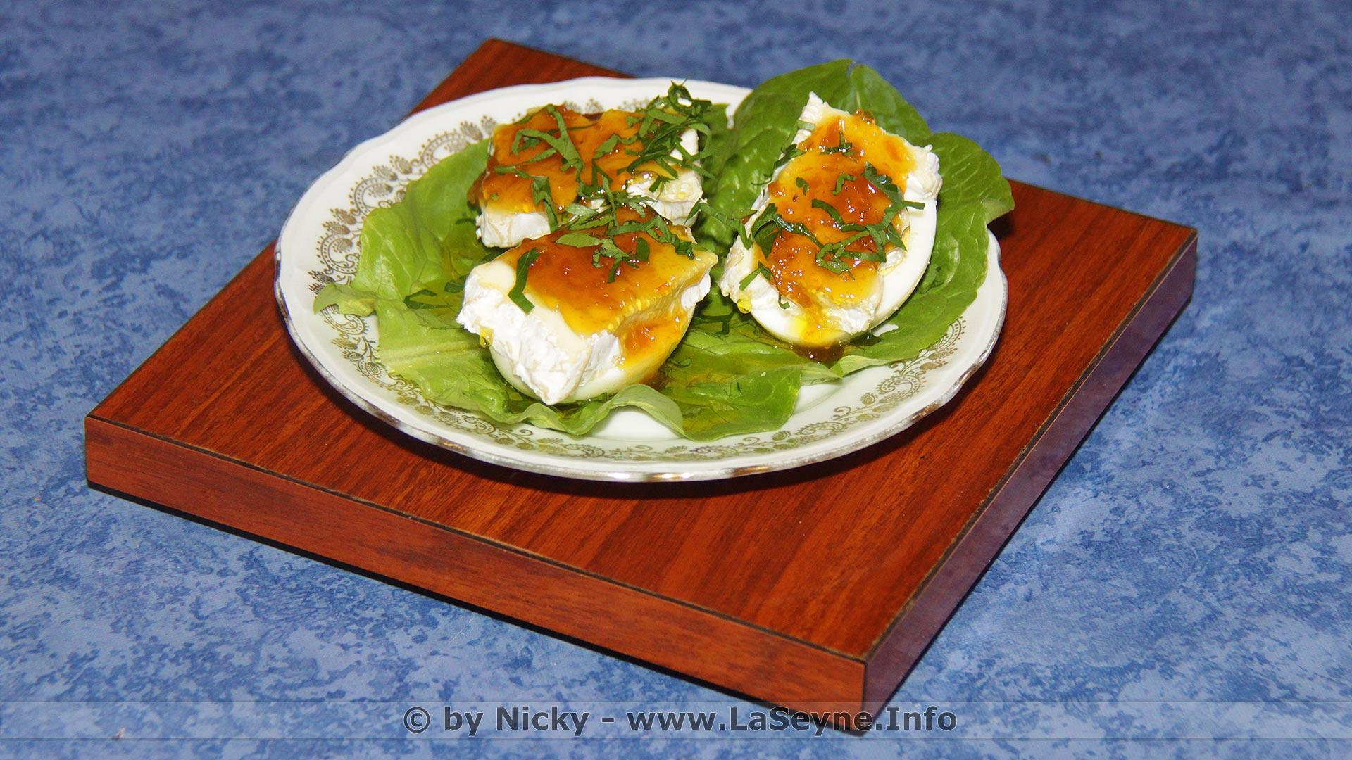 Oeuf dur sur Salade romaine avec Marmelade de Citron sur Camembert cru
