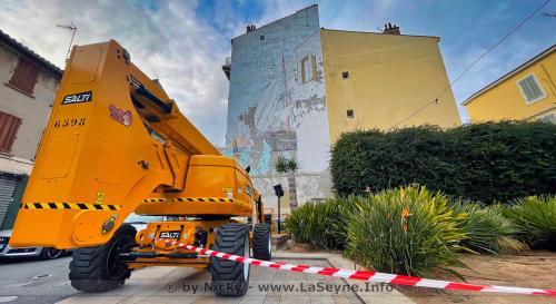 Une nouvelle Fresque murale à la Place Perrin -